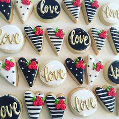 Mini valentines cookies