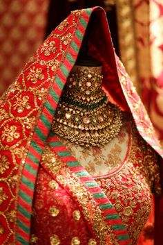 028-Vogue-weddingshow-2042sabyasachi
