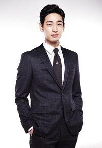Yoon park sebagai Jung Ji Hoon