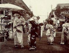 Babywearing Japan 1894