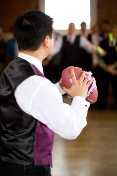 Garter toss with a footbal! Wedding Engagement, Our Wedding, Dream Wedding, Football Garter Toss, Vintage Travel Wedding, From Miss To Mrs, Wedding Activities, Beach Wedding Photography, Happily Ever After