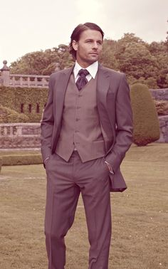 Cavaliere for handsome grooms :)