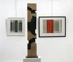 Alban Lanore / Petite colonne I / chêne / Gravures : Luc Peire (expo galerie Michèle Broutta.