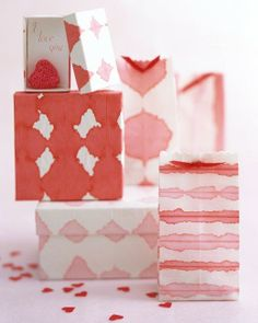 Dip-Dye Wrapping Paper How-To