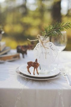 Forest table decor.