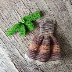 0 отметок «Нравится», 1 комментариев — Natalie Pitalenko (@little_cute_things_by_nat) в Instagram: «Outfit for custom dolly! #crochetdoll #nwd #best_hm_world #handmadetoy #handmadedoll…»