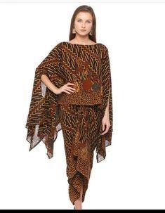 Kaftan Batik, Batik Kebaya, Blouse Batik, Kebaya Modern Dress, Kebaya Dress, Modern Batik Dress, Batik Muslim, Batik Blazer, Big Size Fashion