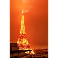 Eiffel Tower Light Show | Daily at 8pm