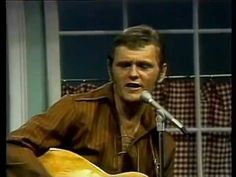 Jerry Reed - Chuck Berry Medley Jerry Reed, Chuck Berry, Memphis, Country Music, Tennessee, Comedy, Berries, Rocks, Singer