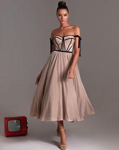 Biege velvet or black tulle? Comment below👇🏼 Metallic Mini Dresses, Black Sequin Dress, Bridesmaid Dresses, Prom Dresses, Formal Dresses, Sparkly Cocktail Dress, Velvet Midi Dress, Vetement Fashion, Party Dresses Online