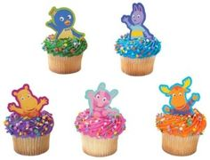 Just a pic, but I love the idea of brights colored frostings, sprinkles and character toppings.