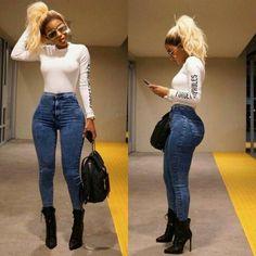 30 Tight Jeans Girls Looking So Hot & Beautiful - Disqora Fashion Killa, Look Fashion, Girl Fashion, Autumn Fashion, Fashion Outfits, Womens Fashion, Fashion Trends, 80s Fashion, Fashion Tips