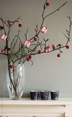 A rustic and alternative Christmas tree by Helen Rushbrook – Winterbilder Christmas Tree Branches, Unique Christmas Trees, Alternative Christmas Tree, Christmas Mood, Christmas Design, Rustic Christmas, Christmas Crafts, Christmas Ornaments, Pink Christmas Decorations