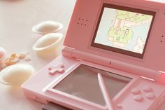 Nintendo 3ds pink