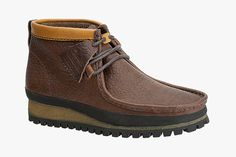 Clarks Originals 2012 Fall Outdoor Wallabee: In anticipation of Fall Clarks Originals introduces its latest Outdoor Wallabee iteration. Clarks Desert Shoes, Clarks Shoes Mens, Men's Clarks, Desert Boots, Men S Shoes, Clarks Boots, Mens Casual Leather Shoes, Mens Lace Up Boots, Casual Shoes