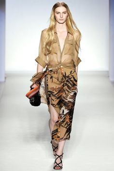 Alberta Ferretti Spring 2012 | Milan Fashion Week
