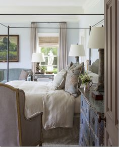 TARA DILLARD: Garden Design: Bedroom Axis: people miss the idea of that visual axis...that statue outside is placed perfectly!