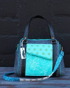 New Rockstar Bag just listed in the Etsy shop. Fabrics are Sun Print by Alison Glass and sewing pattern is Rockstar Bag by Sew Sweetness.