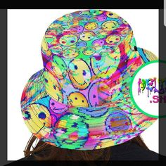 MeltedDotShop shared a new photo on Etsy Rave Clothing, Festival Clothing, Festival Outfits, Cool Bucket Hats, Rave Mask, Edm Outfits, Old Skool, Psychedelic, Pastel