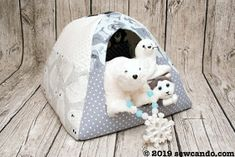 Sewing Ideas For Kids Friday Spotlight: Cheryl's Fantastic Pet-House Igloo! Sewing Patterns Free, Free Pattern, Crochet Patterns, Sewing Projects For Kids, Sewing Ideas, Craft Projects, Craft Ideas, Easy Animals, Fabric Purses