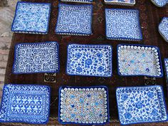 Slice of Pakistan: Painted Ceramics Pottery Painting, Ceramic Painting, Pakistan Art, Painted Ceramics, Room Of One's Own, Paint Your Own Pottery, Truck Art, Blue Pottery, Oriental Pattern