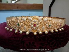Grand Gold Stone Vadanam Designs, Gold Ottiyanam Designs, Gold Bridal Ottiyanam Designs, Gold Ottiyanam with Weight Details Indian Bridal Jewelry Sets, Indian Jewellery Design, Latest Jewellery, Jewelry Design, India Jewelry, Gold Jewelry, Jewelry Necklaces, Vaddanam Designs, Big Rangoli Designs