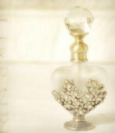 perfume bottle by mj.azorincontesse