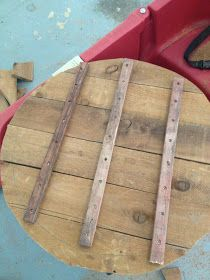 Two It Yourself: Large DIY Wood Clock from Fence Posts or Pallet Wood