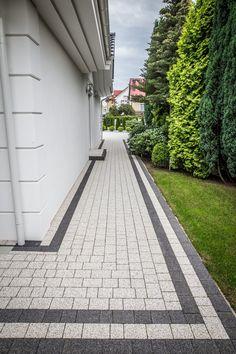 Garden Ideas Driveway, Side Yard Landscaping, Driveway Design, Garden Paving, Front Yard Design, Home Landscaping, Outdoor Walkway, Backyard Patio, House Landscape
