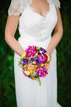 colourful bridal bouquet | www.onefabday.com