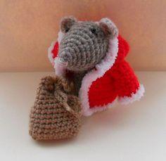 Amigurumi Christmas Mouse   #amigurumi #crochet #Christmas