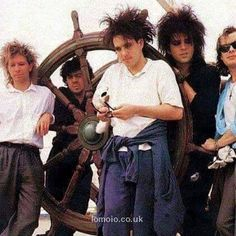 Download every Cure track @ http://www.iomoio.co.uk