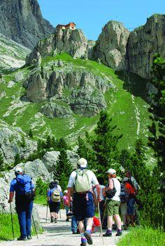 In vista del Rifugio Preuss, nel Gruppo Catinaccio, Dolomiti di Fassa