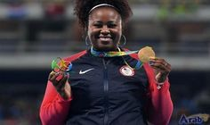 Michelle Carter wins gold in women's shot…