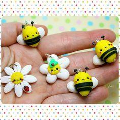By Isa_Handmade #polymerclay #handmade #isa_handmade #bee #flowers #kawaii #instagood #picoftheday #cute