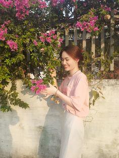 Girls Dresses, Flower Girl Dresses, Profile, Facebook, Wedding Dresses, Flowers, Fashion, Dresses Of Girls, User Profile