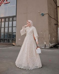 Inspiring Party Dresses with Nisa Cookie Hijab Present Pastel Themes Dress Brokat Muslim, Muslim Gown, Dress Pesta, Muslimah Wedding Dress, Muslim Wedding Dresses, Bridesmaid Dresses, Dress Wedding, Hijabi Gowns, Kebaya Modern Dress