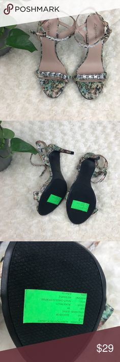 Sigi soho platform high heels sandals size 9 M New: however they were used as AD SAMPLE AT NORDSTROM rack landed so they may show a very minor signs of wear. Zigi Soho Shoes Sandals