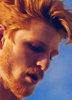 Ginger-red-head-fire-crotch-sexy-hot-shirtless-naked-ass-+muscle-hairy-chest-beard-gay-guys-men-tumblr-kissing-freckles-01.jpg 401×560 pixels