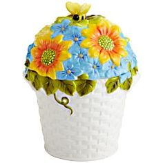 Flower Bouquet Cookie Jar -- The sweet secret of this painted ceramic basket? It shuts and seals tightly, so everything stays fresh. Bee Cookies, Kinds Of Cookies, Mccoy Cookie Jars, Fruit Flowers, Ceramic Figures, Vintage Cookies, Ceramic Decor, Glass Jars, Pottery
