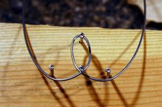How to bend wire into shapes