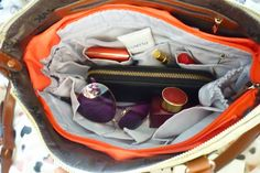 glamourbloggin: Insjö- your handbag's new best friend