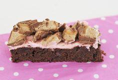 Brownies med ripskrem (Norwegian).
