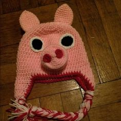 Crochet peppa pig hat Handmade item  Material: acrylic yarn  Made to order Ships from New York  Available in sizes newborn to adult.      Hats are made from 100% acrylic yarn.  All items will stretch with wear.    Hat sizes: Newborn: 12-12.5 inch circumference  3-6 month: 14-14.5 inch circumference 6-12 month: 15-15.5 inch circumference Toddler: 16-18 inch circumference Child: 18-19 inch circumference Teen: 19-20 inch circumference  Adult: 21 inch circumference  XL adult: 22 inch…