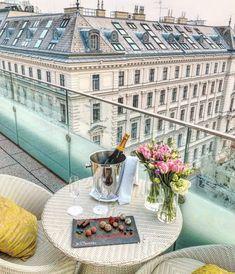 Restaurants, Brunch, Louvre, Keto, Vegetables, Building, Travel, Vine Yard, Ideas