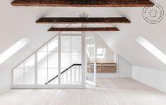 Attic Master Bedroom, Attic Bedroom Designs, Attic Bedrooms, Attic Design, Loft Design, Home Room Design, Bedroom Loft, Attic Loft, Loft Room