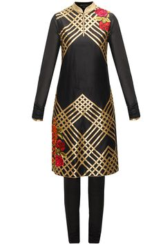 Black floral embroidered kurta set available only at Pernia's Pop-Up Shop.
