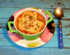 Reteta Supa frantuzeasca de ceapa din Carte de bucate, Borsuri, supe, ciorbe. Cum sa faci Supa frantuzeasca de ceapa Supe, Cheeseburger Chowder, Food, Essen, Meals, Yemek, Eten