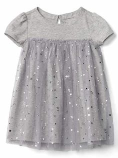 Baby dresses & rompers from Gap are cute and comfortable for your active baby girl. Shop a variety of colors and prints to find the perfect baby girl dress. Toddler Girl Outfits, Little Girl Dresses, Kids Outfits, Girls Dresses, Baby Dresses, Little Girl Fashion, Kids Fashion, Sewing Kids Clothes, Pretty Dresses