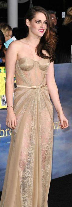 Kristen Stewart at L.A. Breaking Dawn 2 Premiere - November 2012